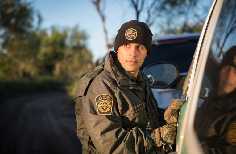 U.S. Border Patrol Agents Apprehend 1,036 Illegal Aliens .